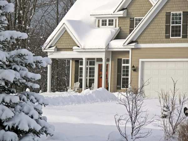 What You Need to Know About Selling a Home in the Winter
